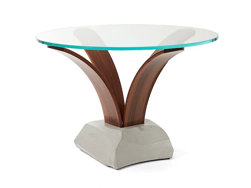 Cito accent table in Concrete, glass and wod